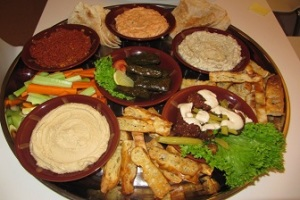 Mezze-tray-for-cocktail-parties-corporate